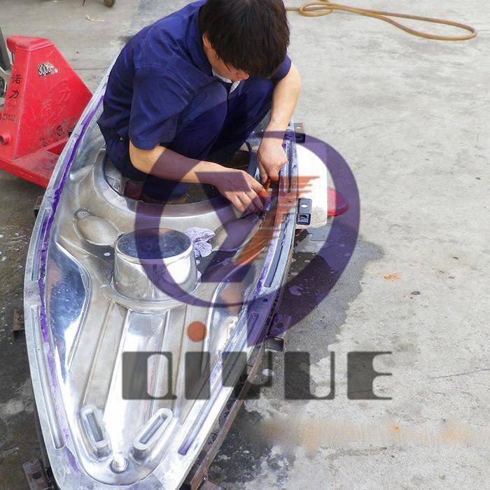 定制加工镜面皮划艇模具