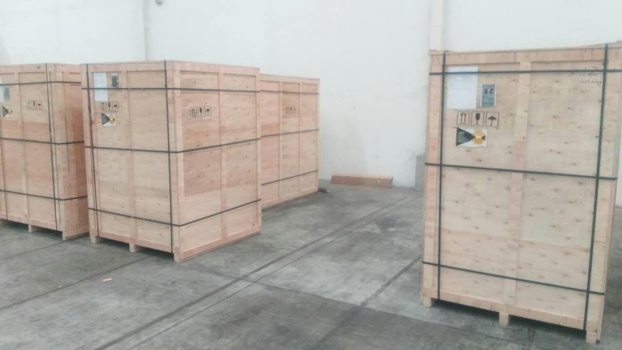 木箱包装现场