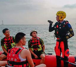 水上救援的方法,关键时刻可以救命