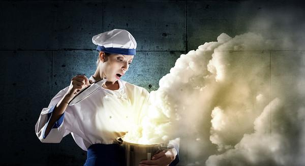 厨房空气污染成健康隐患 油烟大怎么少得了空气净化器