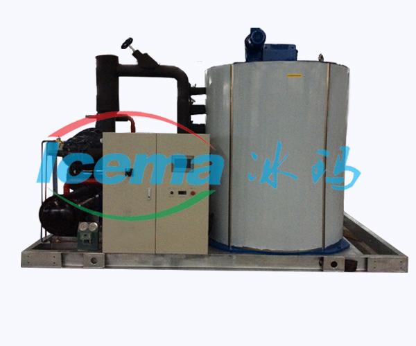日產冰量8噸工業片冰機_中型片冰機