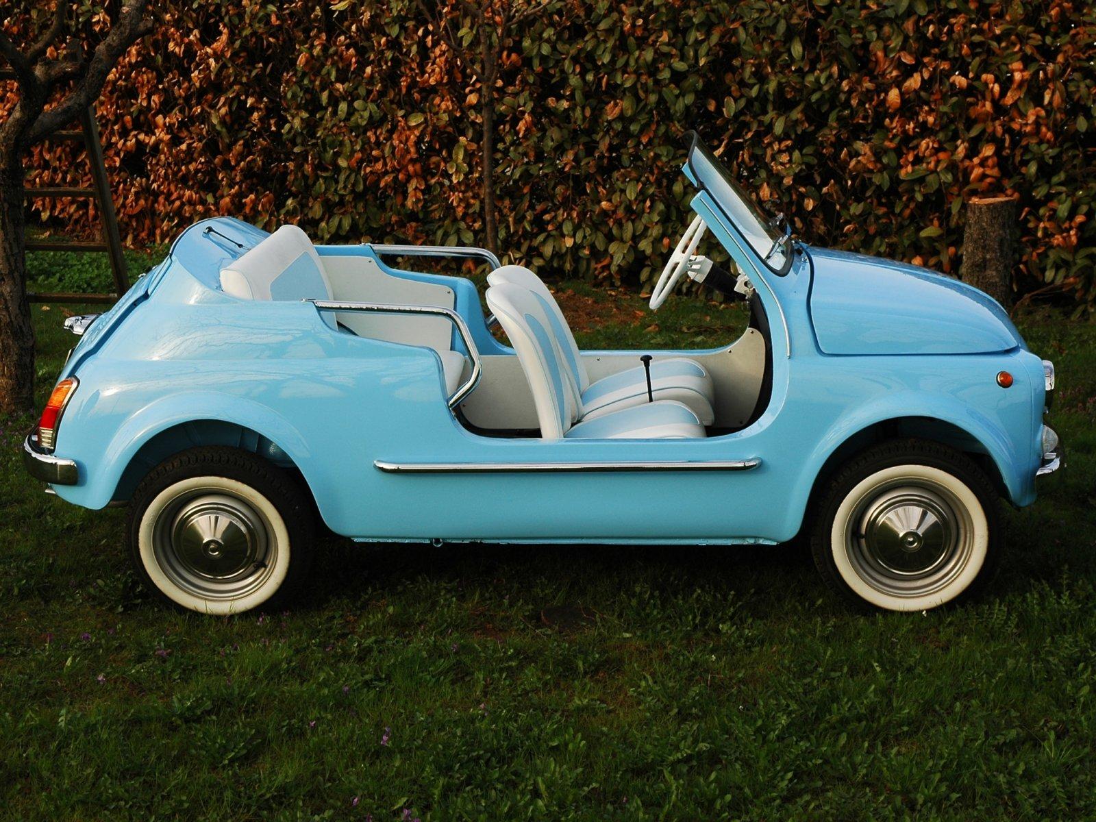 蓝色的汽车