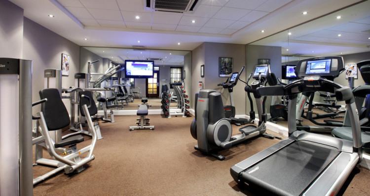 体育用品健身器材