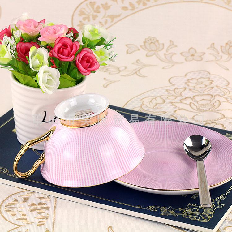 您用的仿瓷礼品餐具有害吗?_福建亚游国际告诉您