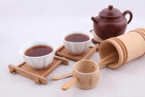 茶与茶具的选配