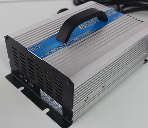 TG-QCD01系列 铅酸电池、锂电池充电器