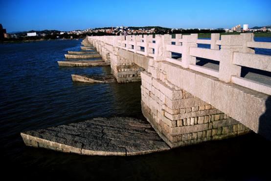 探寻这座千年跨海古桥屹立不倒的秘密!