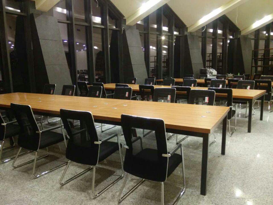 吉林昌宏家具限公司會議室辦公桌系列產品