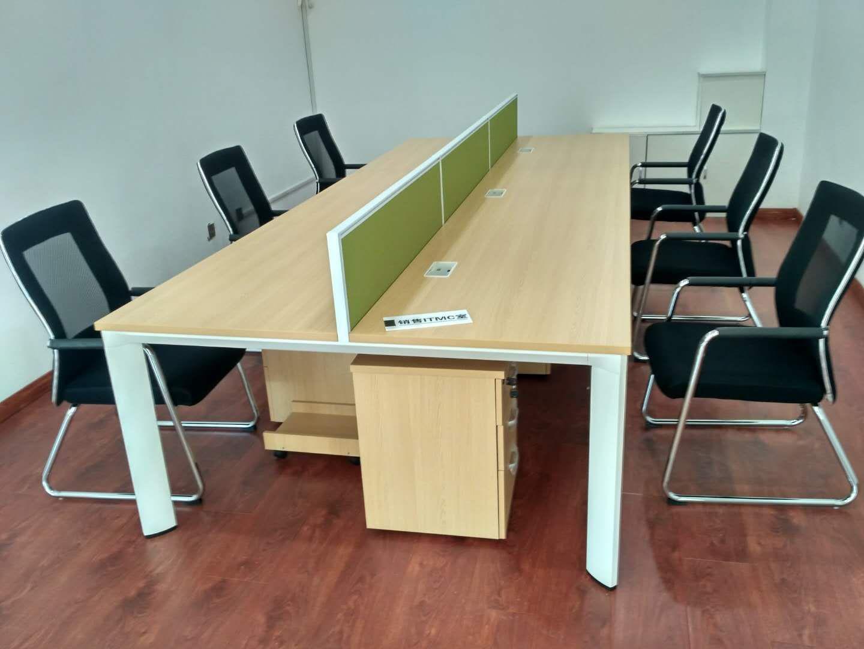 吉林昌宏家具限公司辦公桌椅系列產品