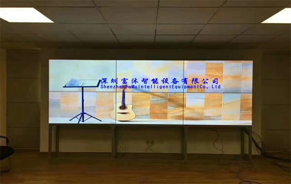 三星55寸拼接屏入驻河北廊坊电大展示项目