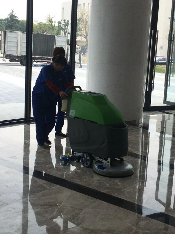 科威品牌洗地机成功入驻上海大学