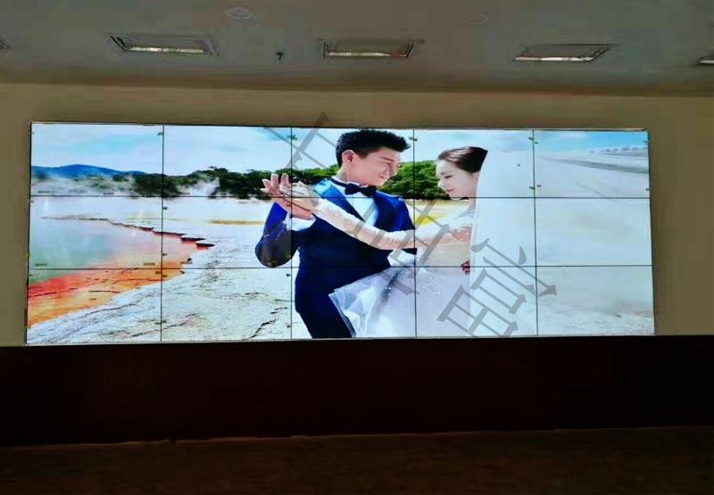 贵州党校46寸液晶拼接墙案例图