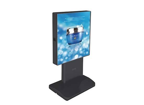 落地户外广告机屏幕保护的方法