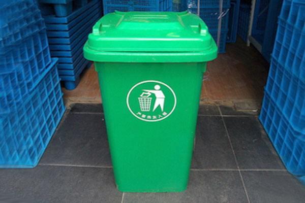 環衛塑料垃圾桶的選購和安置要點