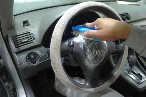 买来新车有异味怎么办