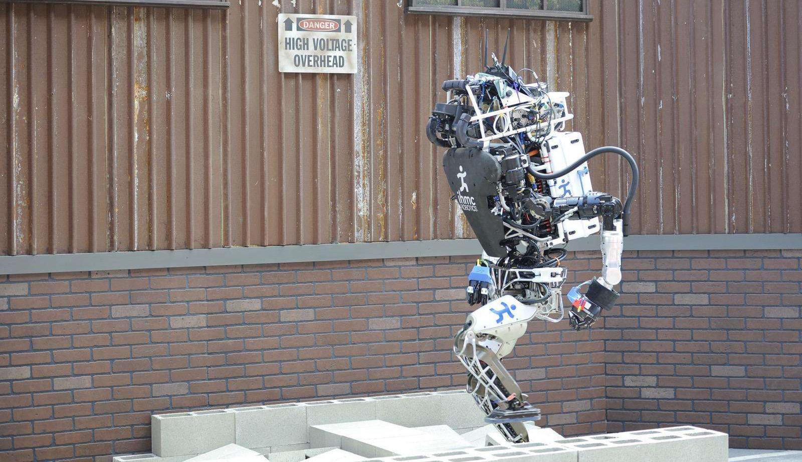 传统机器人