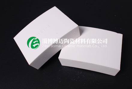旋流器用弧形氧化铝耐磨陶瓷衬板