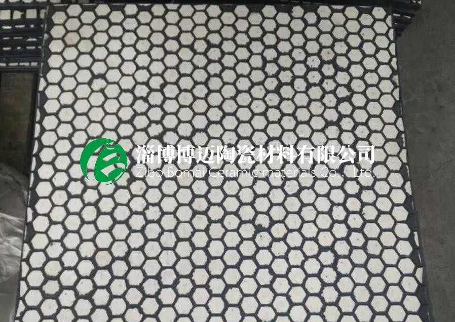 耐磨陶瓷复合板