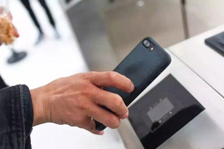 扫二维码电子登机检票