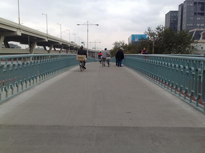 路面薄層快修使用上海環宇研發生產的道路快修料:快鹿DPK2