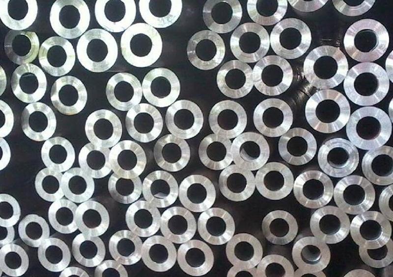 焊接福州钢管点状不足的原因有哪些?龙盛达为你普及