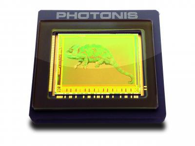 低光照CMOS图像传感器