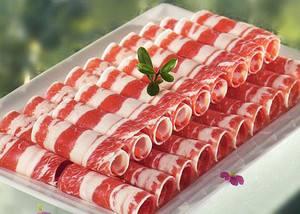 长春火锅牛羊肉供应吴佳朋火锅超市分享怎么区分冰箱里的冷冻肉和鲜牛肉