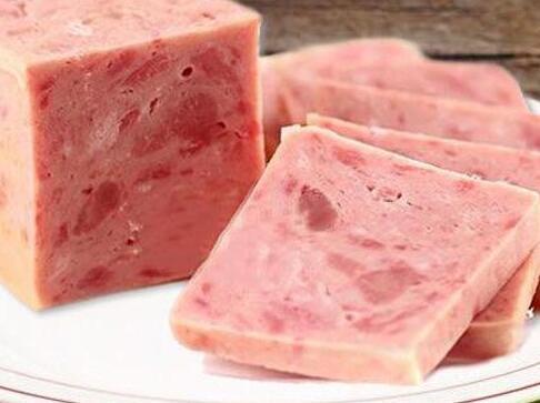 长春火锅食材超市分享午餐肉制作过程
