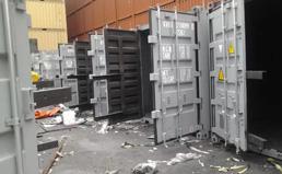 上海港运盐集装箱内衬喷涂聚脲施工