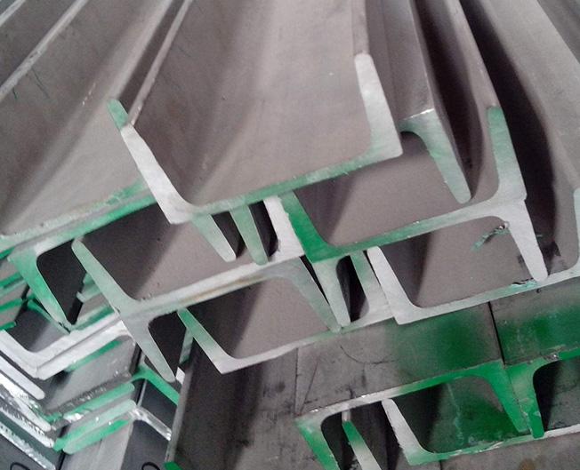 304LManBetXapp下载槽钢